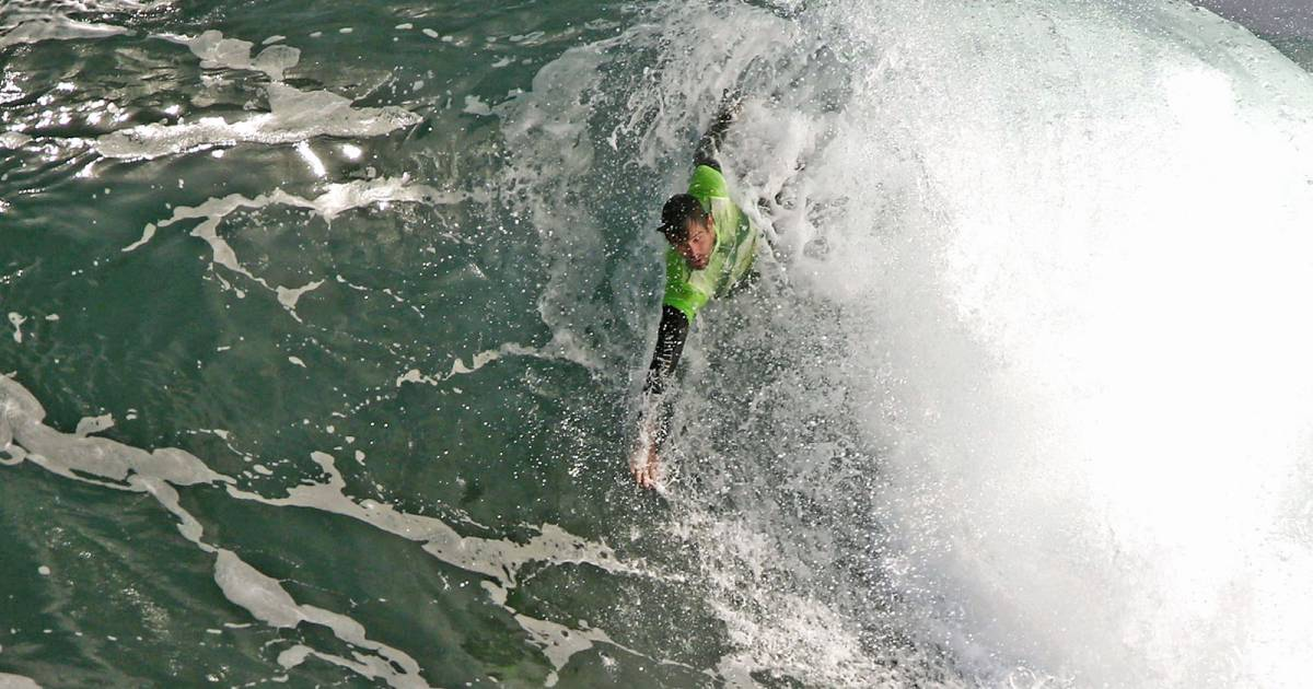 Body Surfing and Handplanes